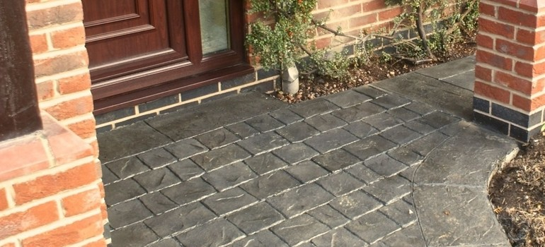 Textured cobble driveway - Market Drayton